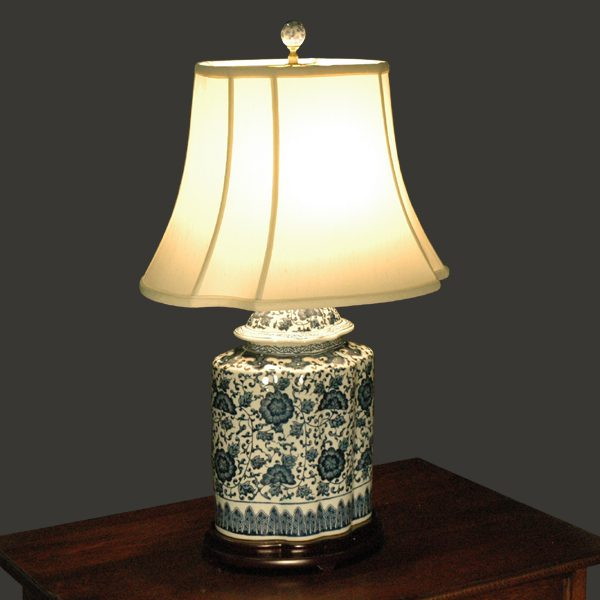 Oval Blue And White Table Lamp