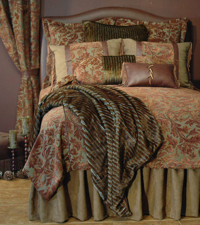 Oakwood Bedding Collection - Full/Queen